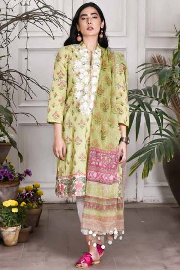 8dfdcd89ff This green lawn shirt with embroidered neckline and chiffon dupatta is  perfect for those small gatherings!