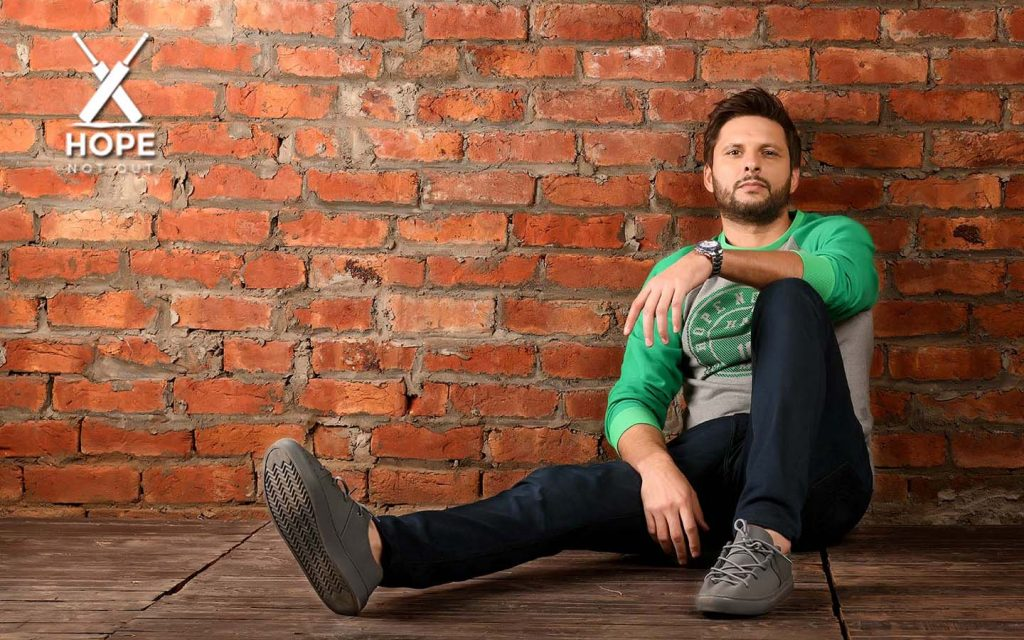 Shahid Afridi launched a clothing brand for Men