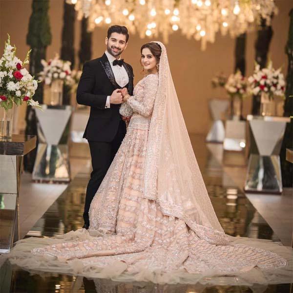 Aiman Khan valima dress