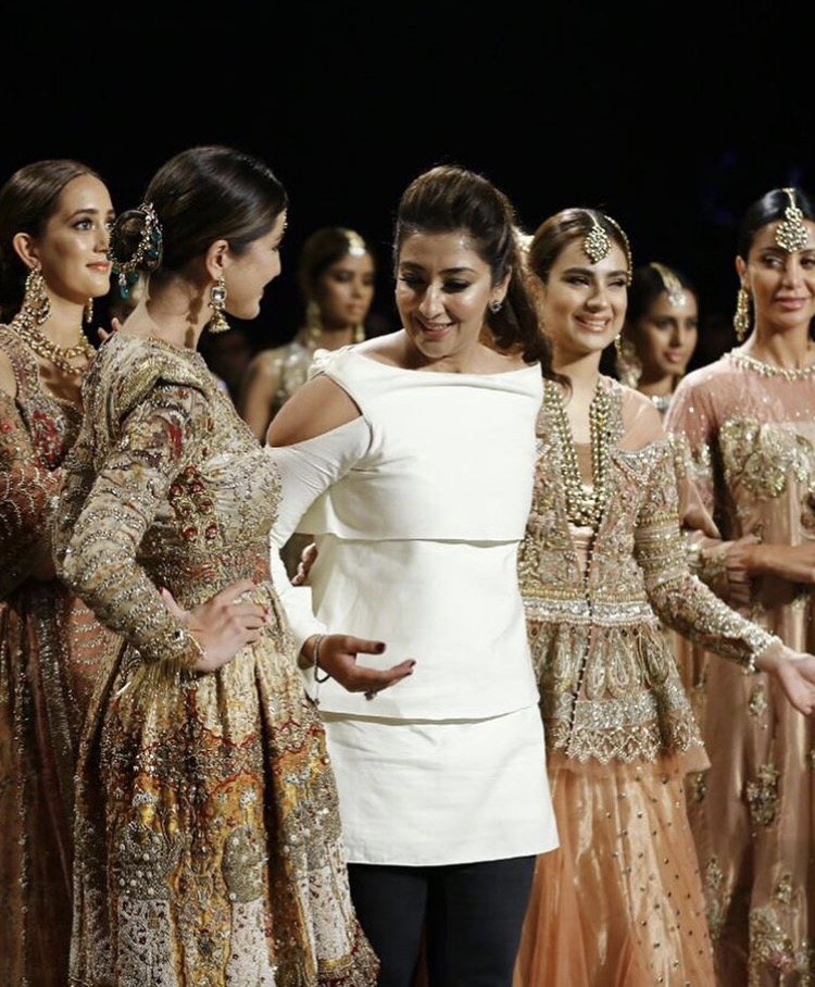 Shiza Hassan has won hearts by her gorgeously designed brides at PLBW'17